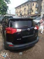 Toyota Rav4. Contact for more pics