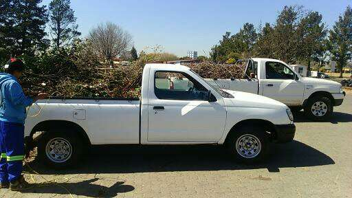 Hire a bakkie for all your moving today Johannesburg CBD - image 2