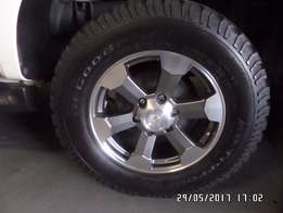 "Mag Wheels 17"" With BF Good Ridge Tires X4"