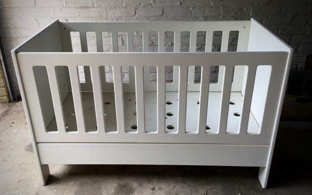 Treehouse cot, compactum and small cupboard Cresta - image 2