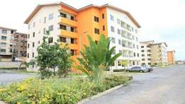 a executive 2 bedroom furnished, ad unfinished apartment at north Lag
