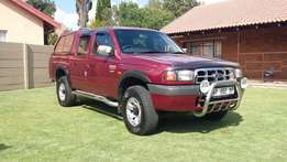 Excellent Ford Ranger 2.5 xlt turbo diesel 4x4 with service history.