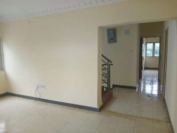 A Spacious Fully Detached 5 Bed Duplex in Carlton gate estate chevron Lekki - image 6