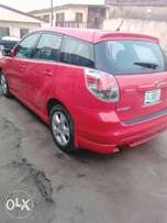 Super clean reg Toyota matrix 2006