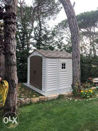 Outdoor Sheds - weather proof - Maintenance Free