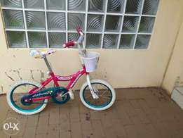 Bicycle for sale with basket corrected