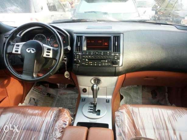 Foreign used 2005 infiniti fx35. Direct tokunbo Lagos Mainland - image 5