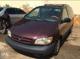 Very sound clean Toyota Sienna for sale