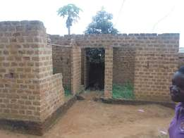 Un finished 2bedroomed house on sale in bweyogerere-kireku at 8m