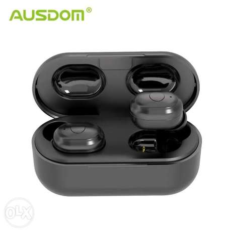 Ausdom earphone 600mah battery