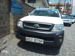 Toyota Hilux local pickup single cab 2010 KBN