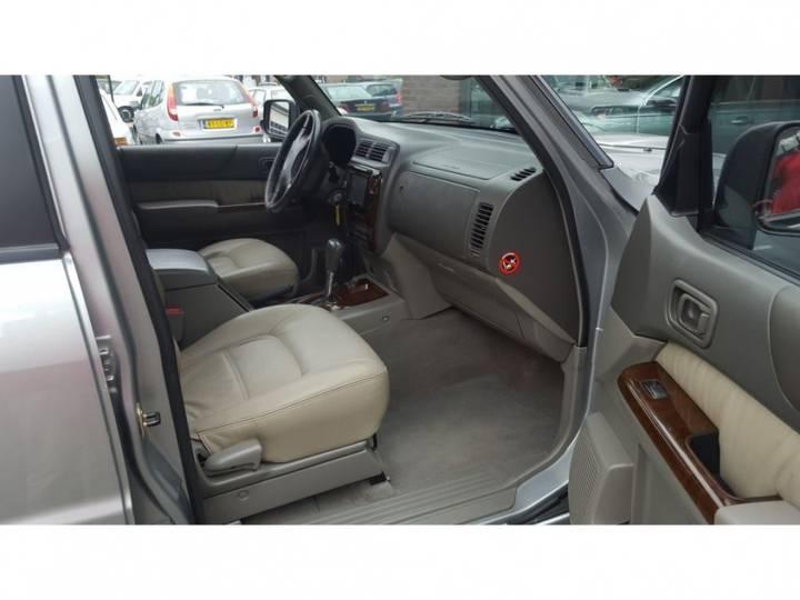 Nissan PATROL GR 3.0DI TURBO 5DR AUT VAN - 2002 - image 7
