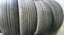Set of 275/45/20 tyres for Sale