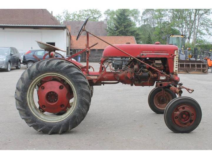 McCormick International Farmall FF Cup Tractor *DEFECT* - image 6