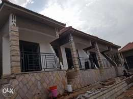 One bedroom new brand houses to let in Kisaasi Kyanja rd for 600k ugx