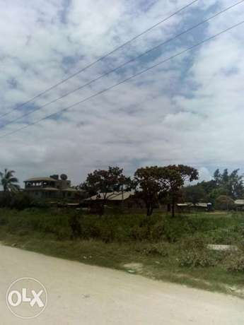 A prime plot (50by100ft)for sell bombolulu 4th row (mld-msa highway)6m Bombolulu - image 5