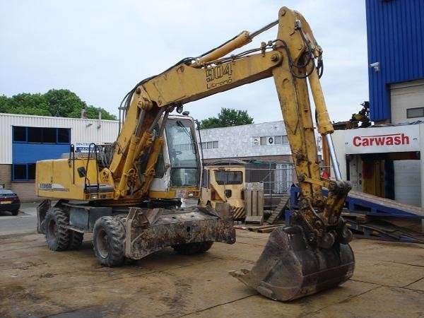 Liebherr A 904 litronic - To be Imported Lekki - image 2