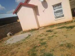 Two backroom for rent in braamfisherville R1000 each& main house R3600