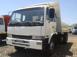 nissan ud 80 6 cube tipper