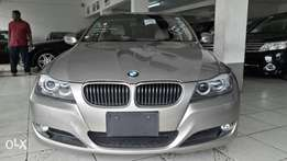 BMW 320i KCM number 2010 model loaded with alloy rims, good music s