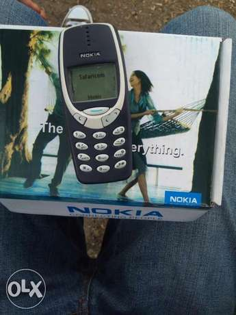 Old Model Nokia 3310 selling at 1500/-.Delivery within CBD Nairobi CBD - image 5