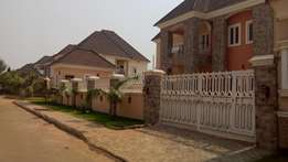 A brand new five bedrooms fully detached. For salehu