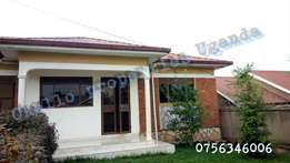 A gorgeous detached 2 bedroom house with garage in namugongo at 700k