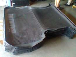 U want rubber mats for your SUV or double cab bakkie