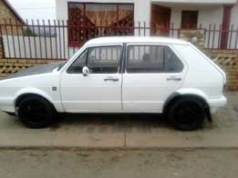 Vw golf parts en Mazda 323 parts on sale R100