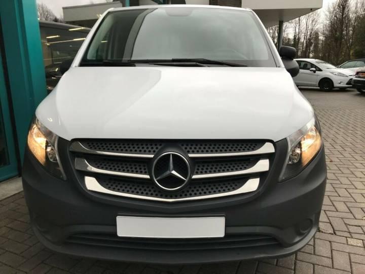 Mercedes-Benz VITO KASTEN 114 CDI LANG KLIMA, AHK, CHROM - 2017 - image 5