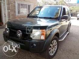 extremely clean land rover Discovery 3