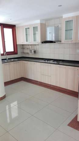Comfort consult, elegant 2brs apartment all en-suite,lift,gym and save Kileleshwa - image 1