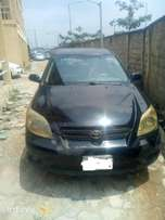 Neatly used 2003 toyota matrix in good condition
