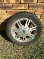 5 ford fiesta/bantam mags. Two has scuff marks.. they need new tyres