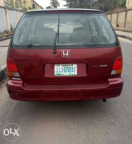 Cleanly used Honda Odyssey for sale Alimosho - image 4