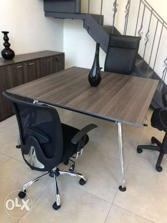 Meeting table Italian made with 3 low cabinets