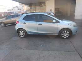 Mazda 2 1.3 2010 model blue in colour 67000km R70000