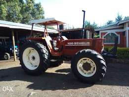 Tractor newholland 110-90