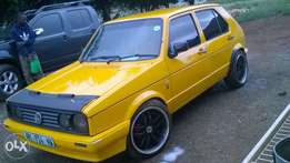city golf 2.0engn with no rust on it brake pad front nd at the back