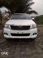Very clean Toyota hilux 2012