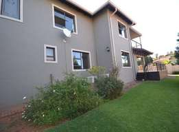 Re-posted 3 bed townhouse available for rent in Krugersdorp