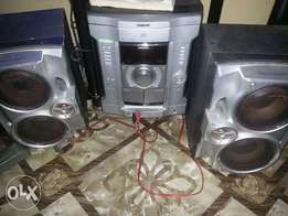 Three months clean Sony CD for sale any serious buyer should call