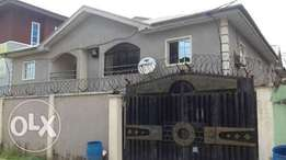 Neat 4flat of 3bedroom Ponch estate onipetesi mongoro.Gov concent .45m