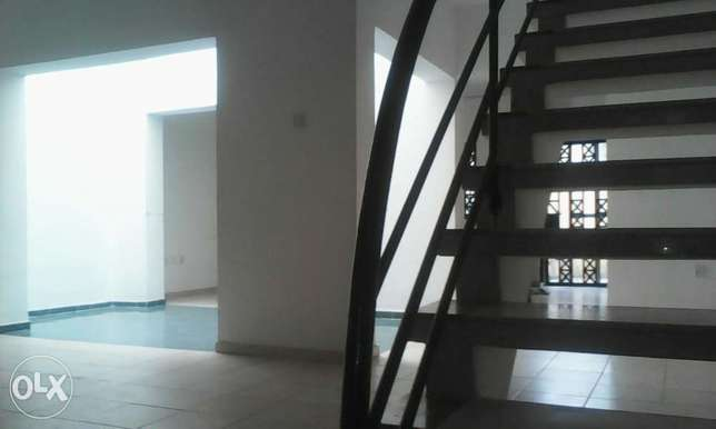 3 bedroom service terrace with a BQ Ikoyi - image 8