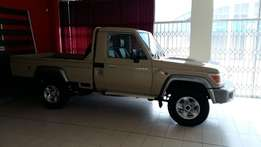 specials on new toyota land cruisers call me now limited stock.