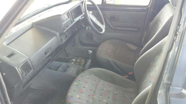 VW Caddy 1.6 Witbank - image 1