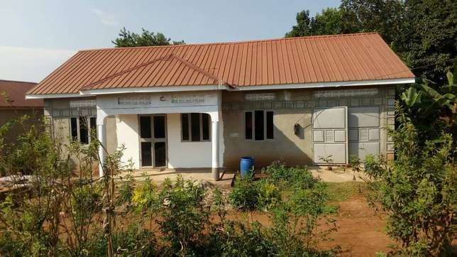 Beautiful house seated on 10decimals for sale in Gayaza titled at 55m Wakiso - image 2