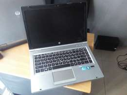 HP ELITEBOOK 2560p Intel Corei7 320gb-4gb Biz Machine