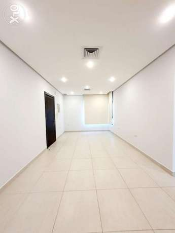 3 bedrooms in salmiya for expats only
