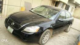 Clean 2003 Nissan Altima in good working condition for sale